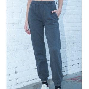 Brandy Melville Rosa Sweatpants